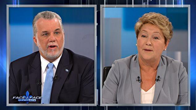 Philippe Couillard, chef du Parti libéral tente de ravir le pouvoir le 7 avril prochain à la première ministre du Québec et chef du Parti québécois, Pauline Marois.