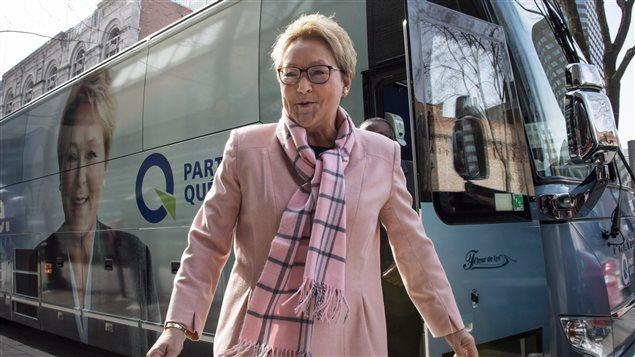 Pauline Marois et son autobus de campagne