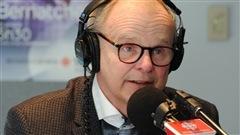 Le chroniqueur sportif du Journal de Québec, Albert Ladouceur, a appris le 12 août 2013 qu'il était atteint d'un cancer incurable du pancréas. Il vient de publier un livre, Déjoué par le cancer sur son expérience de la maladie. Il était avec nous en studio ce matin.