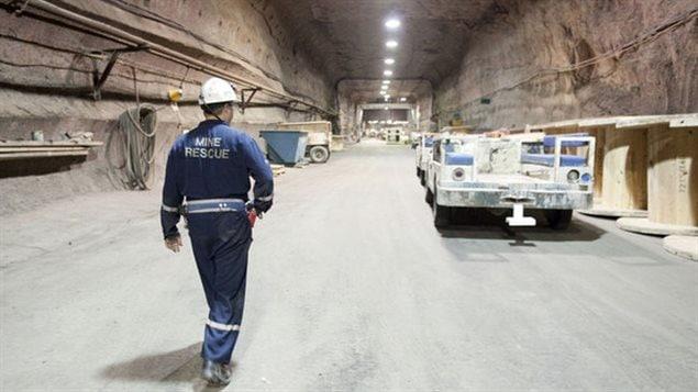 Mine de potasse de Rocanville en Saskatchewan. Le Canada dispose de grandes réserves de ressources naturelles (bois, pétrole, minerai) et d'une population active très formée, et a connu une croissance annuelle moyenne de 3 % depuis 1993.