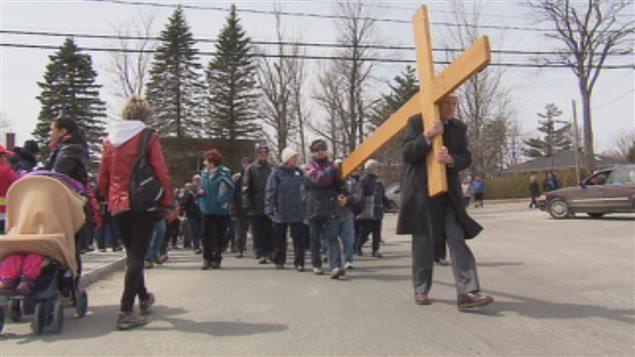 من مسيرة الغفران اليوم في مدينة شيربروك في مقاطعة كيبيك