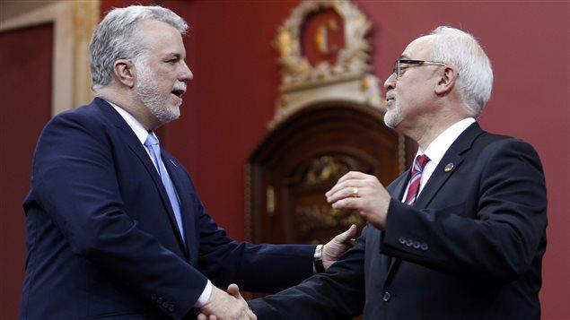 Philippe Couillard et son ministre des Finances, Carlos Leitao.