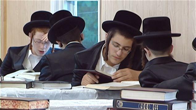 Une classe d'élèves juifs hassidiques (archives)