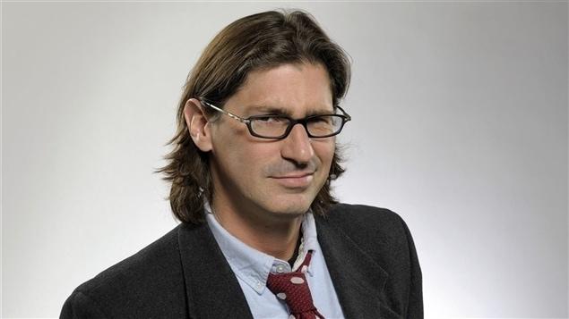 L'animateur d'Infoman, Jean-René Dufort