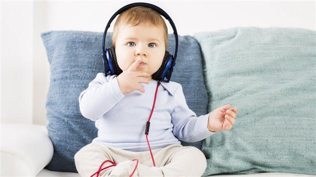 Les bébés et la musique