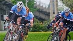Des membres de l'équipe canadienne de cyclisme