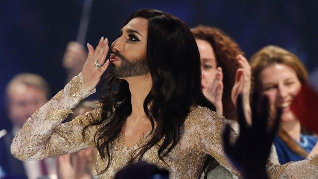 Le candidat travesti Conchita Wurst à l'Eurovision.