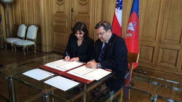 La maire de Paris, Anne Hidalgo, et le maire de Montréal, Denis Coderre.