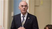 L'État devrait moins intervenir dans l'économie, selon le ministre Daoust
