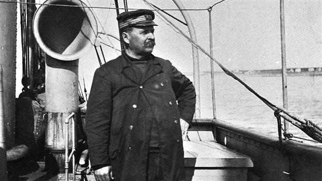 Le capitaine Jean-Baptiste Bélanger sur le Savoy, en juillet 1905.
