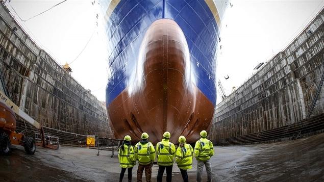 205 des 1000 employés au chantier naval de la Davie sont mis à pied.