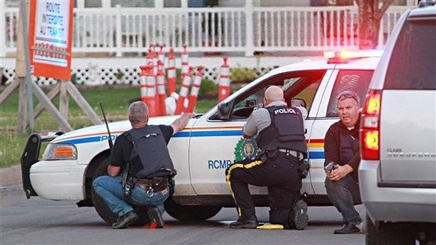 Déploiement de la police dans les res de Moncton