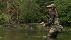 La pêche au saumon de plus en plus populaire auprès des jeunes