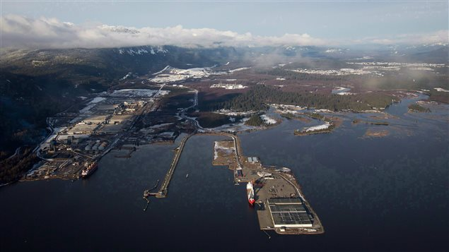 Le canal Douglas, vu des airs, à Kitimat le 10 janvier 2012. Emplacement prévu pour la fin du pipeline Northern Gateway d'Enbridge.