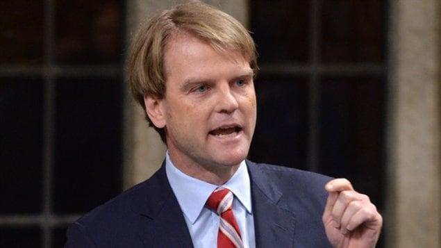 وزير الهجرة الكندي كريس الكسندر