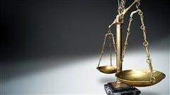 Justice et tribunal