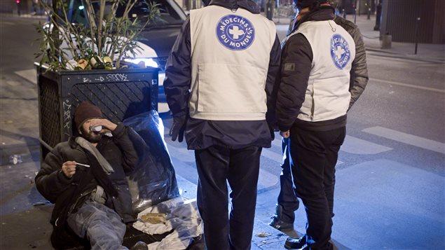 Médecins du monde oevure à Montréal depuis 1999, en partenariat avec une quarantaine d'organismes communautaires.