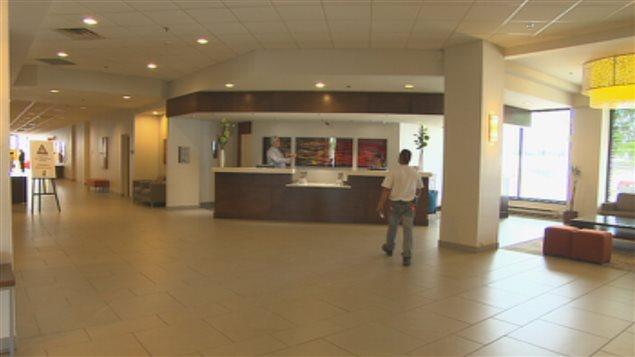 Le hall de l'hôtel Delta Saguenay