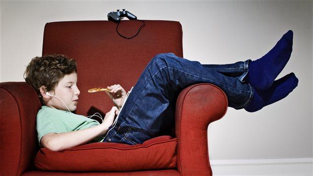 Selon les résultats d'une étude publiée sur le site Frontiers in psychology, une vie sans structure pourrait être bénéfique aux enfants.