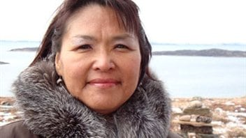Okalik Eegeesiak, présidente de l'association inuït de Qikiqtani au Nunavut dans l'Arctique canadien.