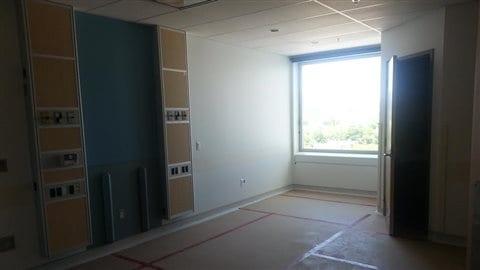 Une des 500 chambres individuelles du CUSM qui attend d'être aménagée.