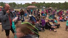 Une foule à Baie-Comeau.