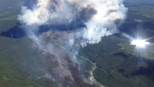 L'incendie au sud-est de Tumbler Ridge