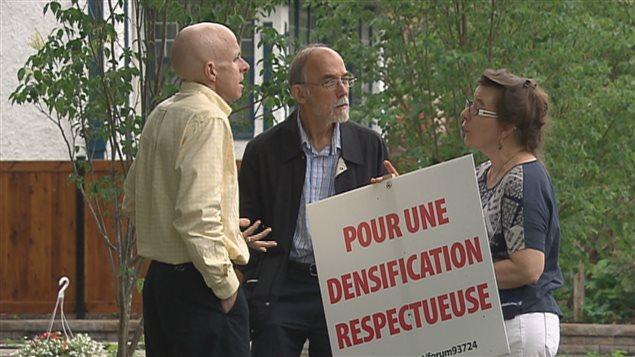 Des membres du Comité pour une densification respectueuse.