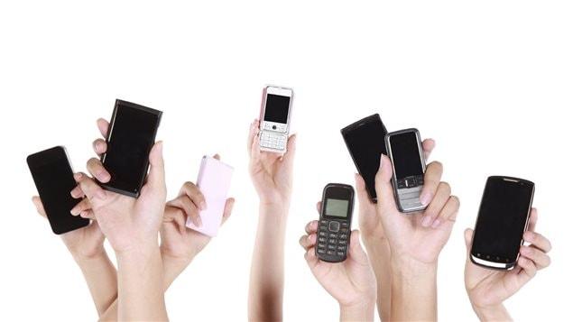 Cellulaires et téléphones intelligents