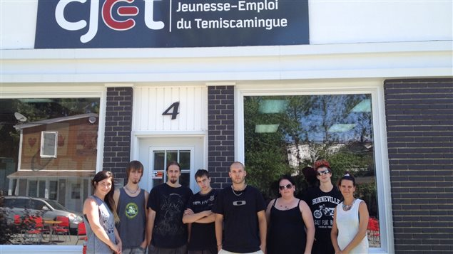 Une dizaine de jeunes du Témiscamingue ont participé à la réalisation d'un vidéoclip qui parle des problèmes auxquels ils font face
