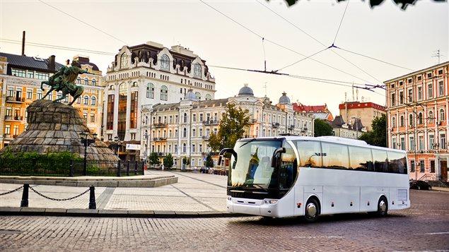 Trouver son trajet de bus, ses horaires et tarifs à partir de son téléphone intelligent