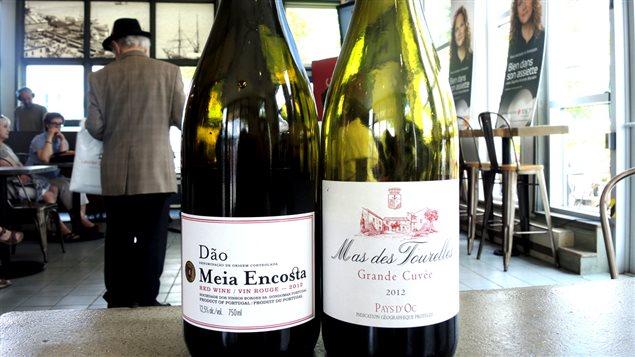 Deux suggestions de Robert Plamondon : Dâo Meia Encosta du Portugal (rouge) et Mas des Tourelles Grande cuvée de France (blanc)