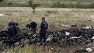 Possibles fragments de missile russe dans les débris du vol MH17