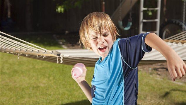 La technologie se mêle enfin des batailles de ballons d'eau