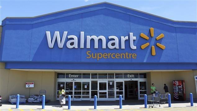 Un magasin Walmart en Ontario