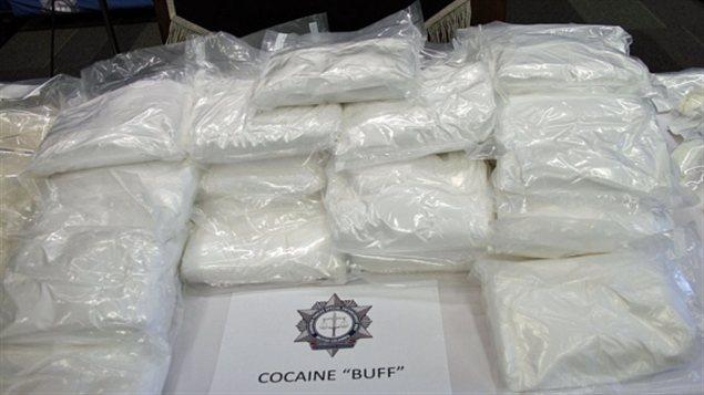 L'équipe provinciale spéciale des forces conjuguées de la police (CFSEU-BC) a exposé mercredi la cocaïne saisie.