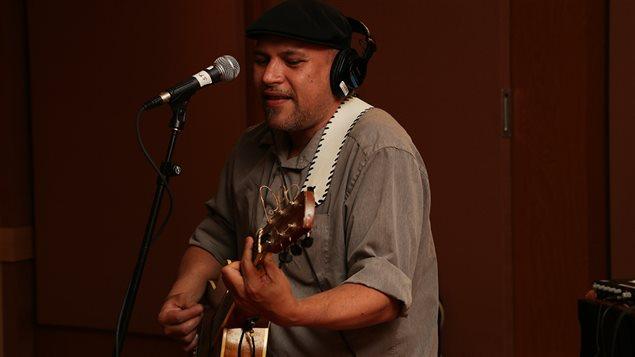 Shauit en prestation à Médium large le 6 juin 2014