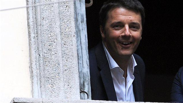 Le premier ministre italien Matteo Renzi en visite à Milan, en avril 2014