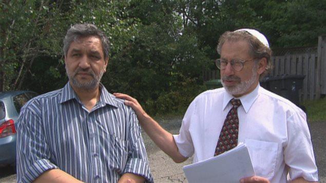 Mohamed Kouna à gauche et Isaac Romano à droite