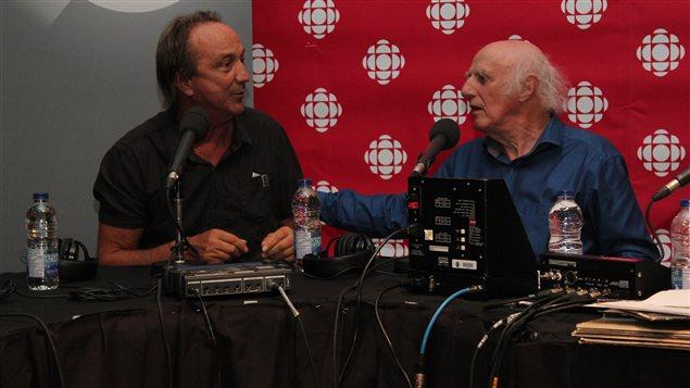 Claude Dubois et Gilles Vigneault se remémorent quelques étapes de leur amitié