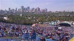 Des milliers de festivaliers au Folk Fest d'Edmonton