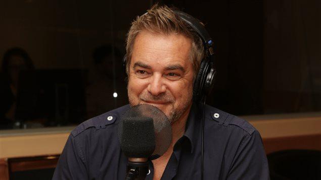 L'auteur-compositeur-interprète Sylvain Cossette