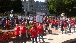 Le gouvernement Couillard face à la mobilisation des syndicats