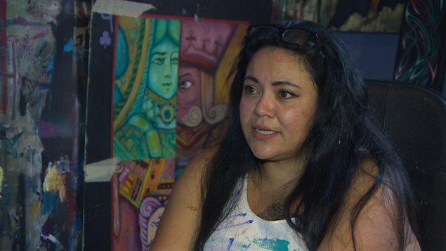 L'artiste Jackie Traverse a lancé une campagne pour inciter les Autochtones à voter.