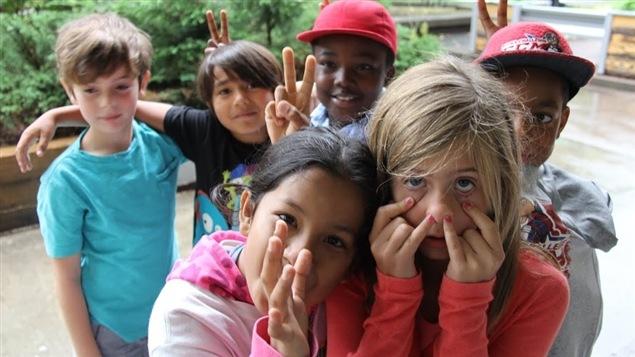 Charlotte, Tlaloc, Sehta, Alexandre, Jeffrey et Maxim, âgés de 7 et 8 ans.