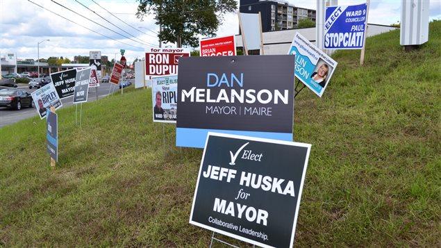 68 candidats tentent de mettre la main sur l'un des postes de maire ou de conseiller dans le Grand Sudbury.