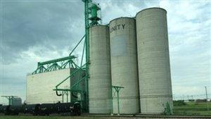 Des silos à grain à Unity en Saskatchewan