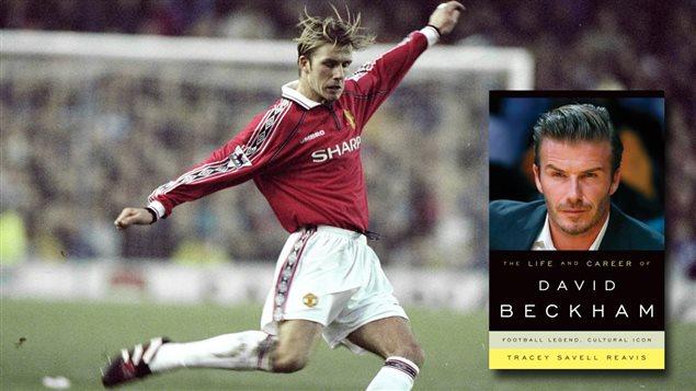 Le joueur de soccer David Beckham/Page couverture de la biographie <em>The life and career of David Beckham</em>