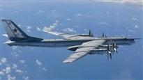 Des CF-18 interviennent pour éloigner des bombardiers russes