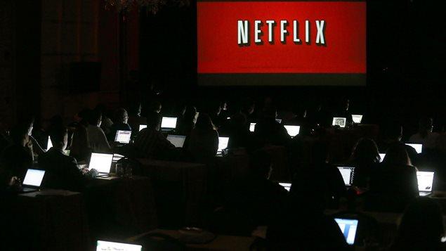 Près de 25% des Canadiens étaient abonnés au service de vidéo sur demande Netflix en 2014.